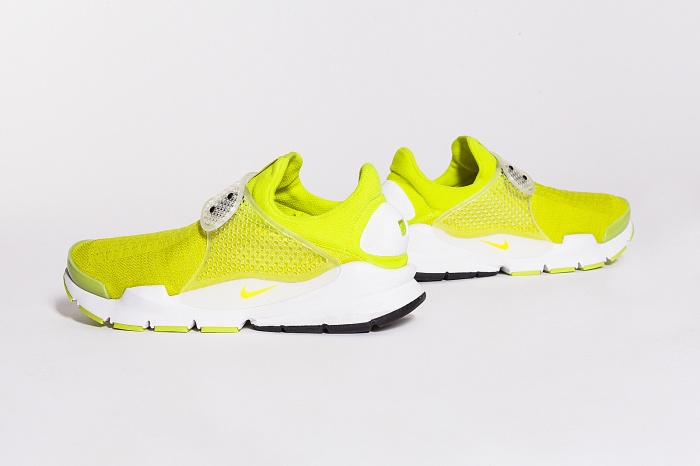 SOCK-DART-yellow-3