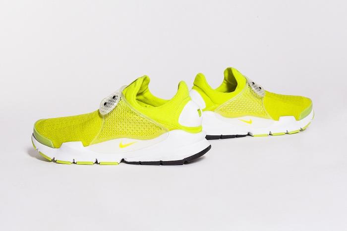 SOCK-DART-yellow-3